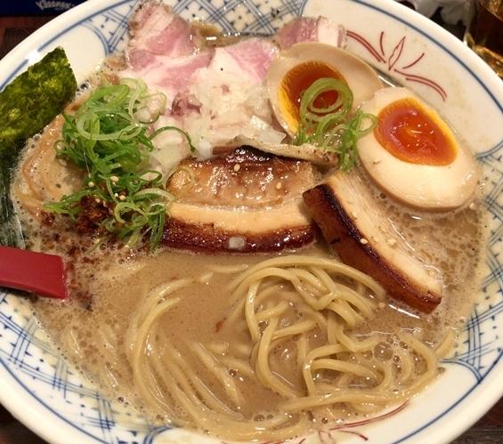 庄のラーメン (1).JPG