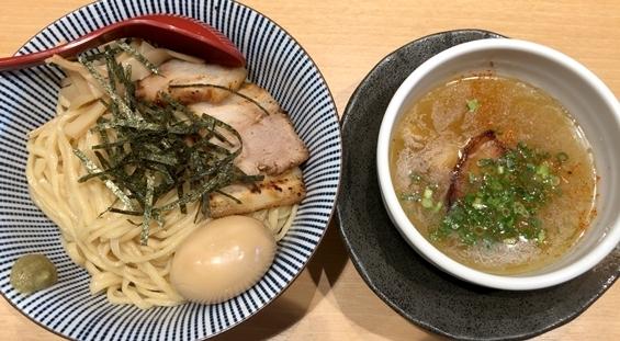 塩つけ麺灯火 (6).JPG