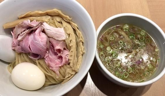 鳳仙花 (3).JPG